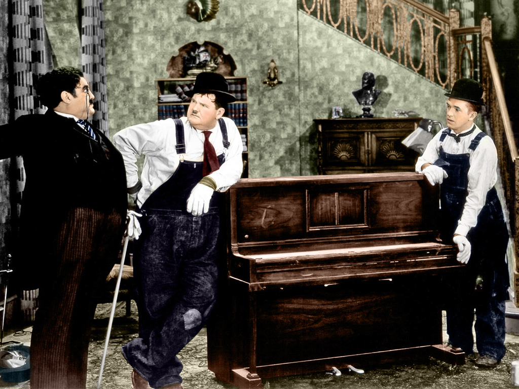 Laurel & Hardy (Music Box, The)_01C